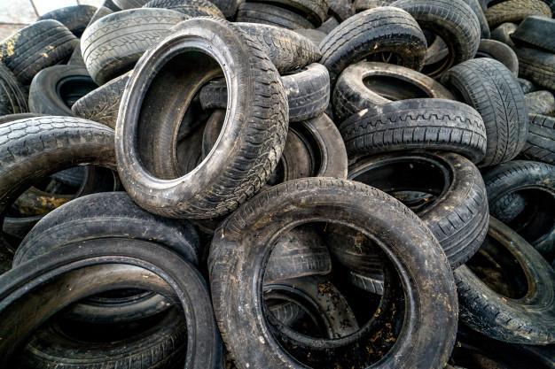 ¿Cuánto tarda un neumático en degradarse?