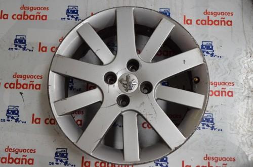 "Llanta Aluminio 207 0612 17"" 11101"